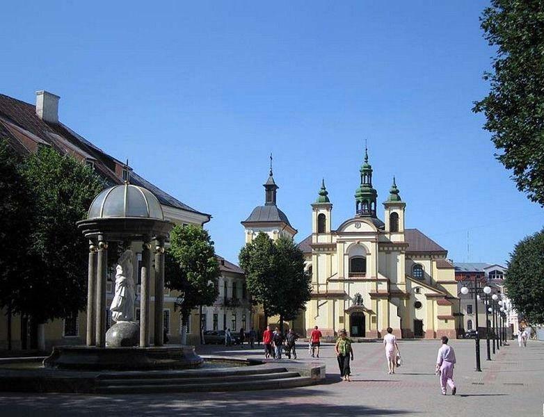 Площадь Шептицкого