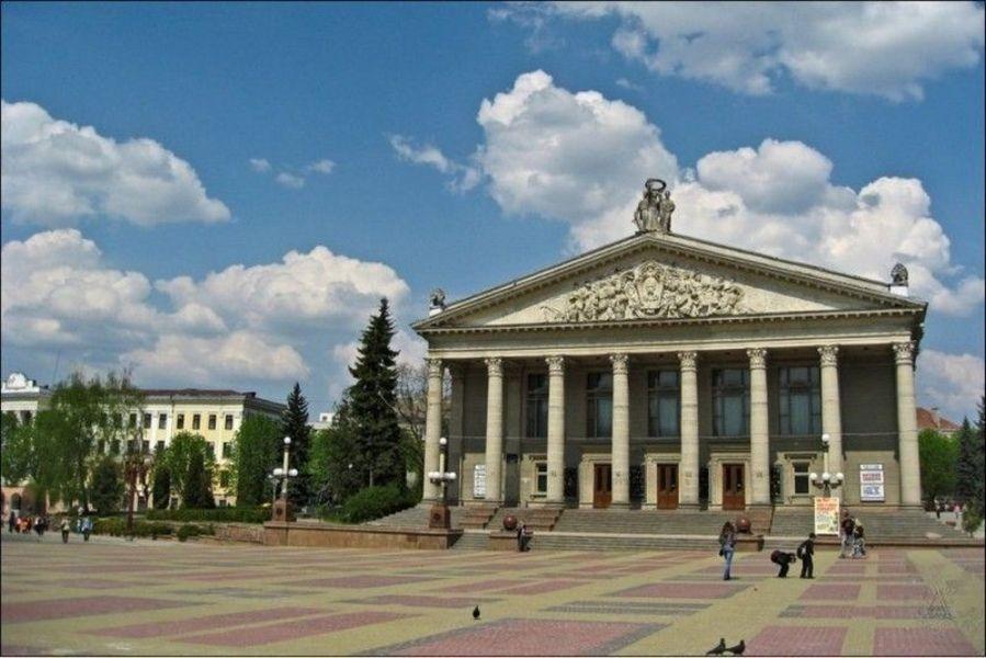 Театральная площадь, Тернополь