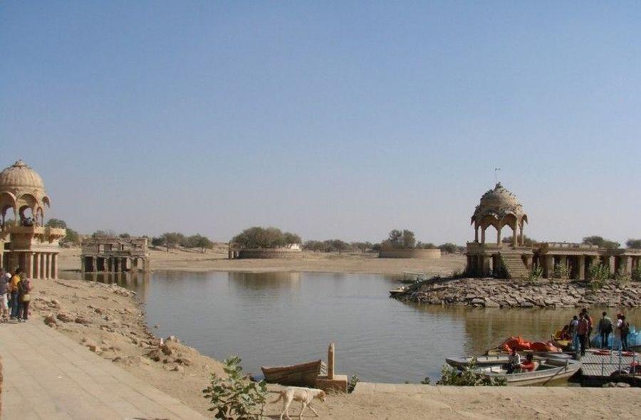 Озеро Гадисагар