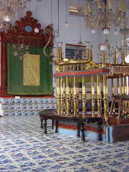 Синагога Парадеси