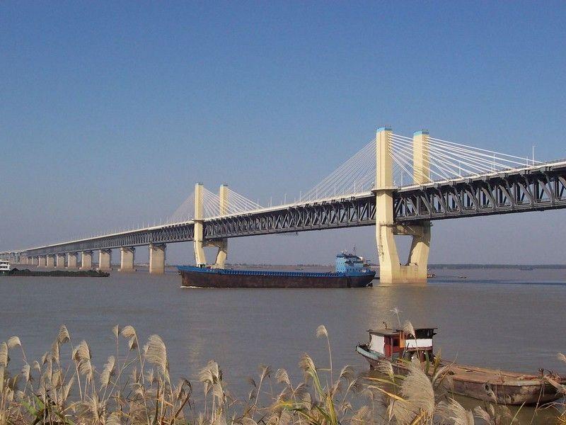 Мост через Янцзы