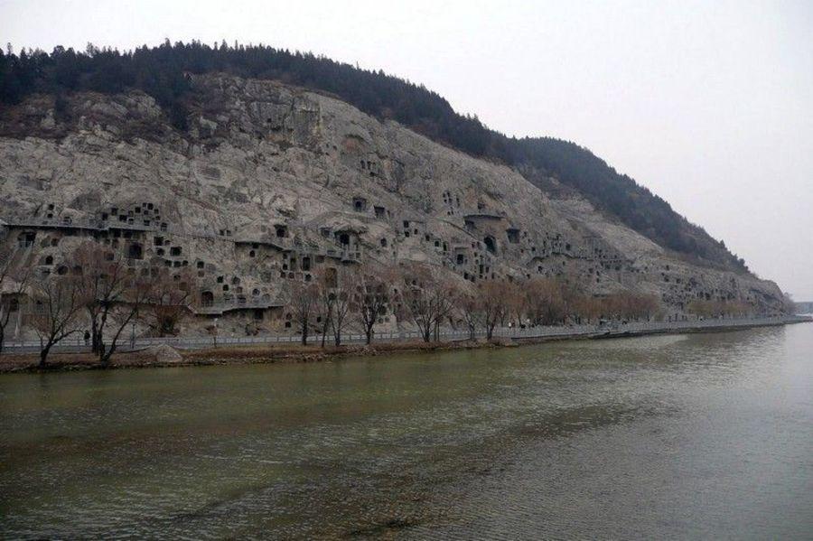 Пещеры Лунмынь