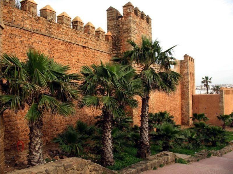 Андалусская стена