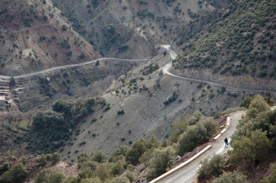 Дорога через перевал Тизи-н-Тест