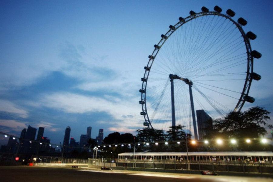 Сингапур Флайер