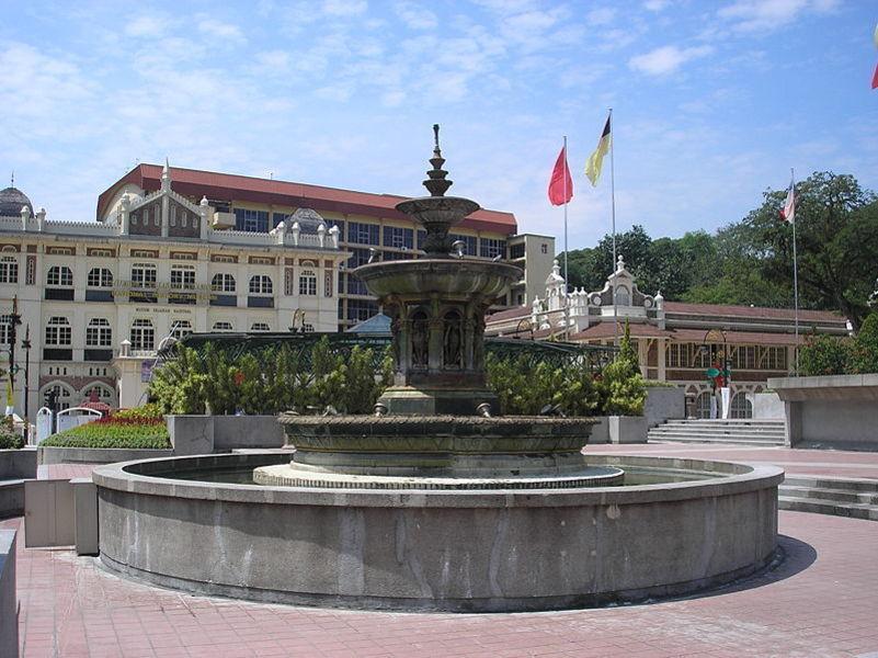 Площадь Мердека