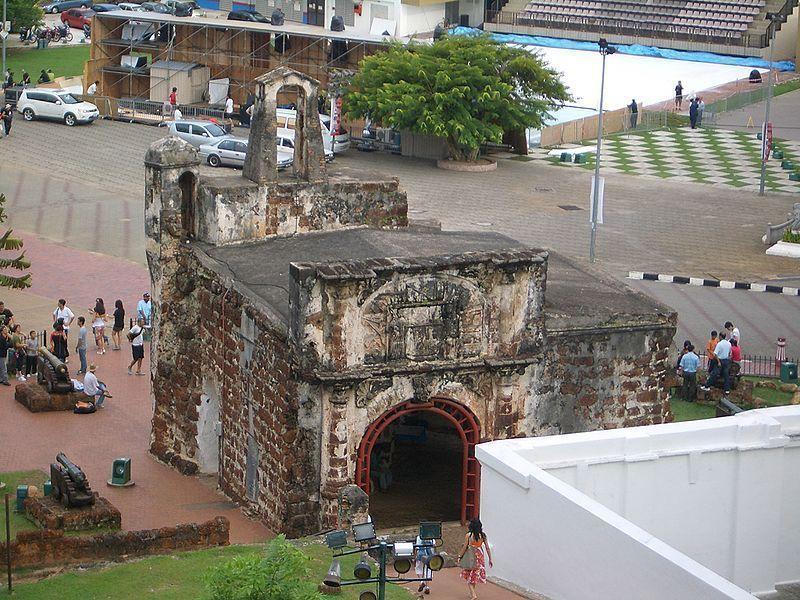 Порта де Сантьяго