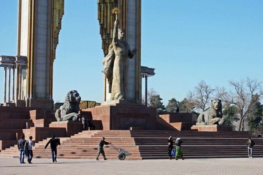Площадь Дусти (Дружбы)