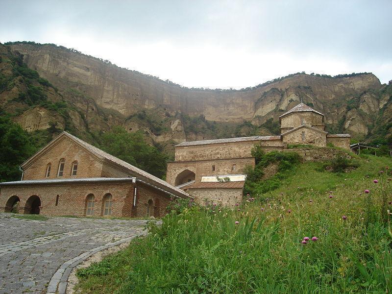 Монастырь Шио-Мгвиме