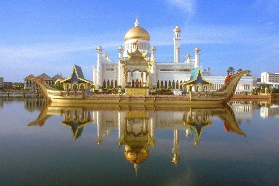 Мечеть Омар Али Саифуддин