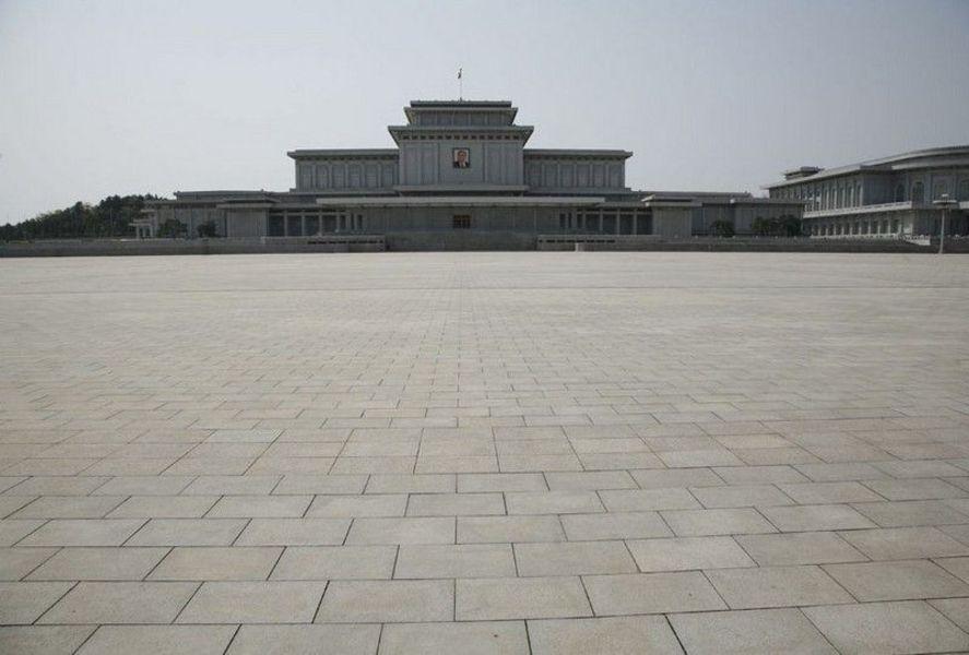 Кымсуанский Мемориальный Дворец