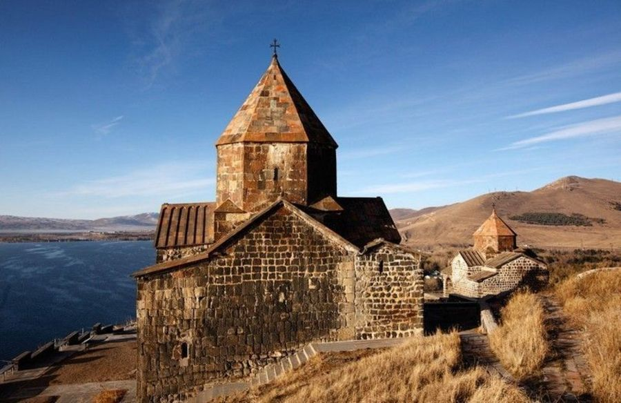 Монастырь Севанванк