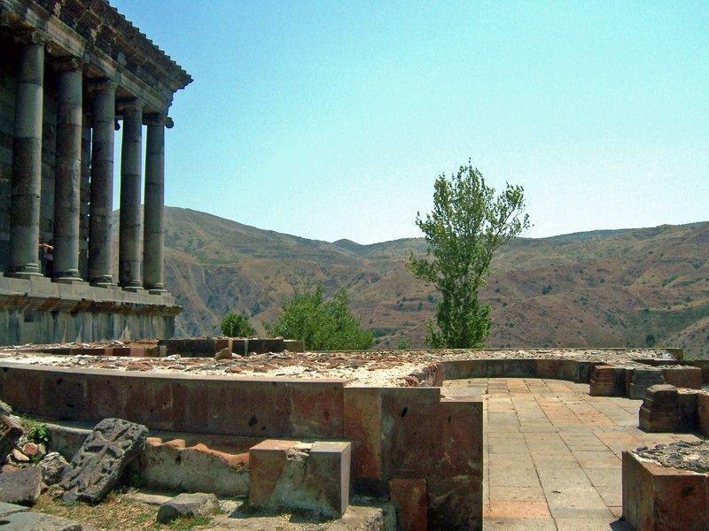 Крепость Гарни