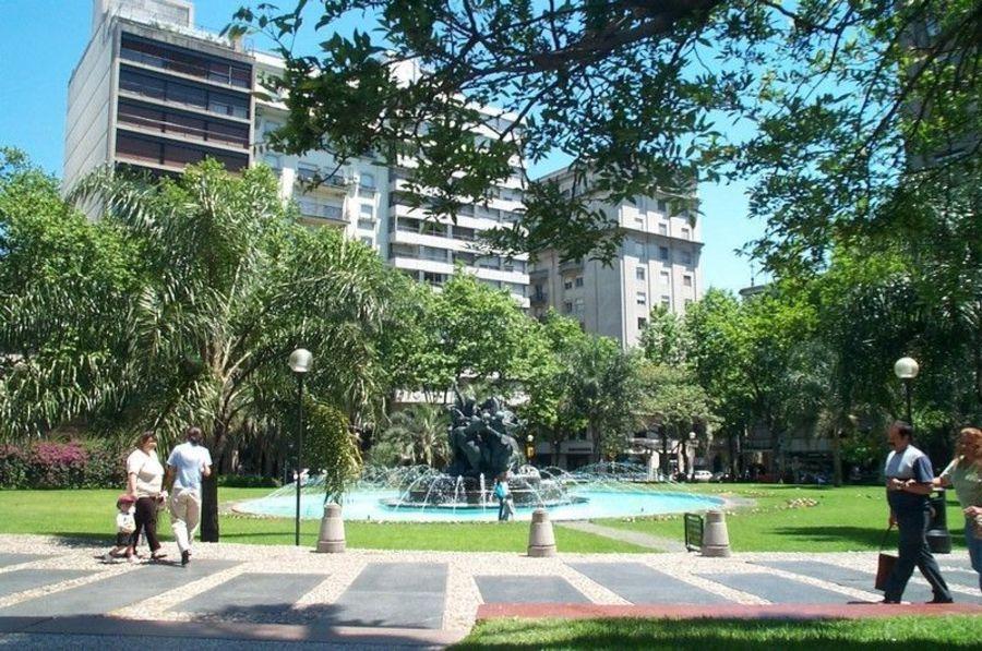 Площадь Де Ла Конститусьон
