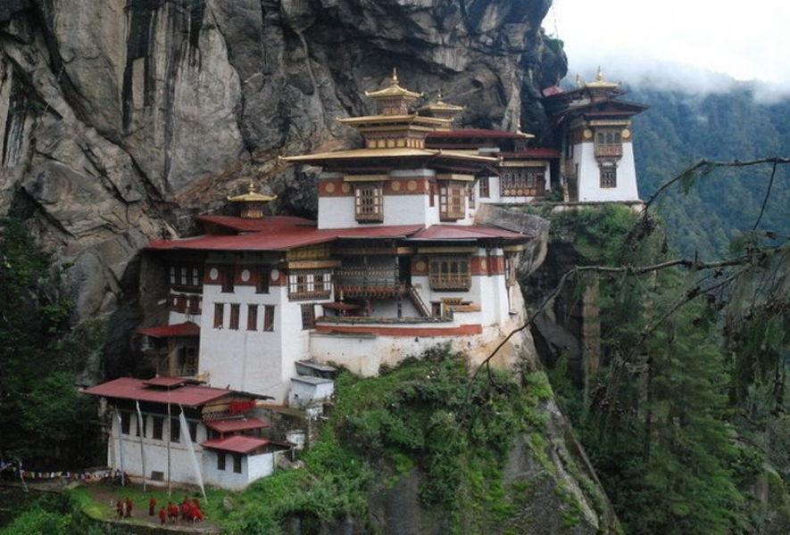 Монастырь Таксанг-Лаханг-Дзонг