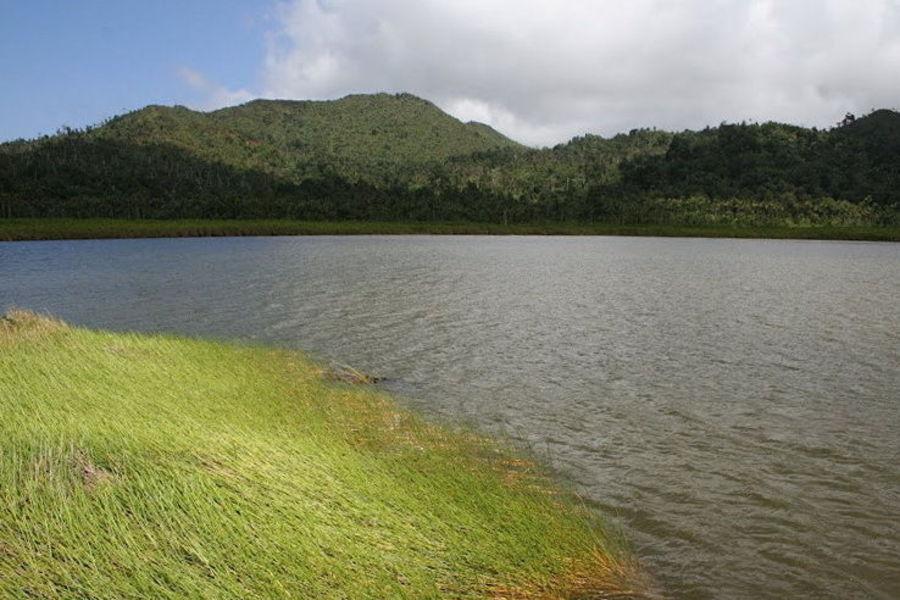Озеро Этанг