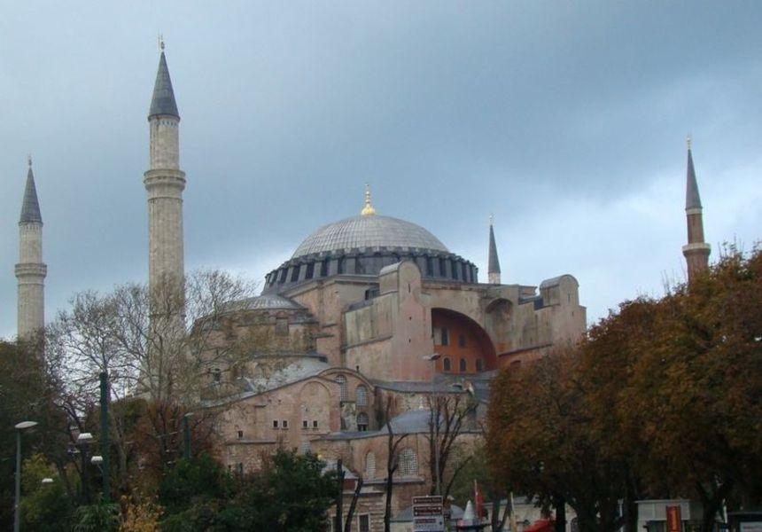 Одна в Стамбуле