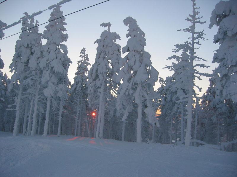 Февральская Финляндия. Дорога.
