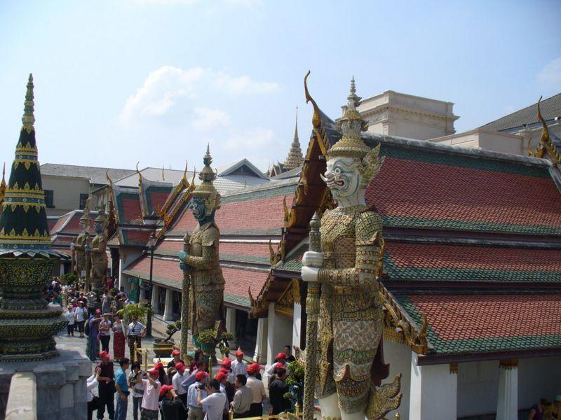 Безопасность в Таиланде. Документы и деньги.