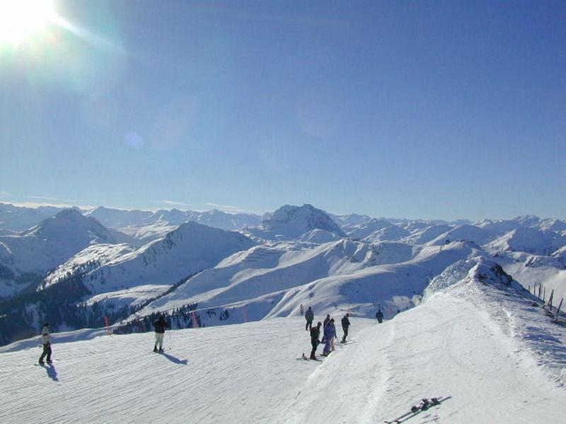 Китцбюэль. Лыжная школа.