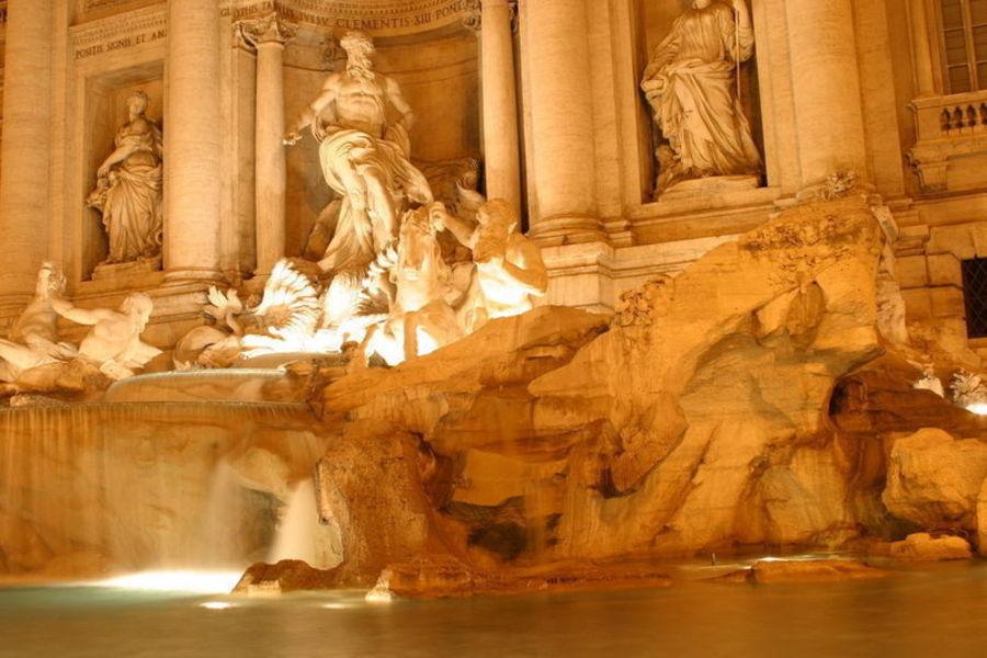 Один в Риме 3