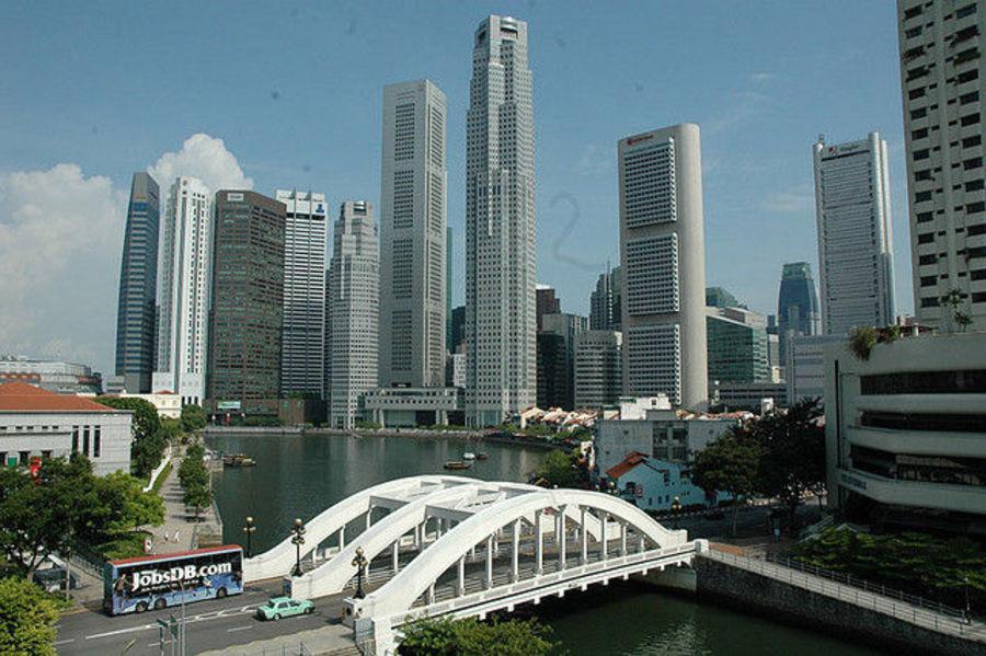Сингапур-город контрастов