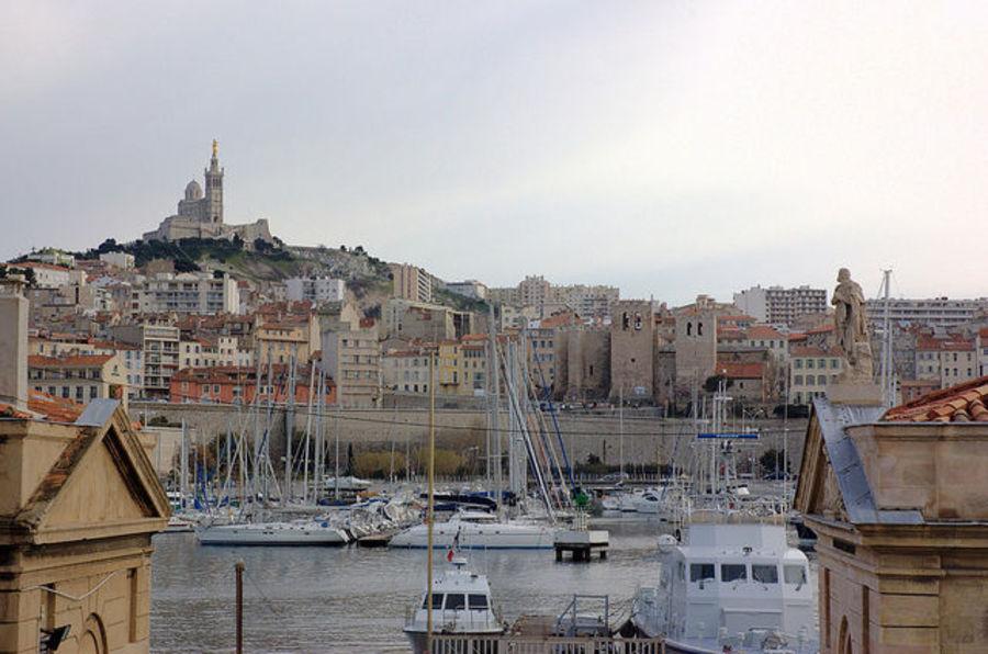 Марсель-город северных кварталов.