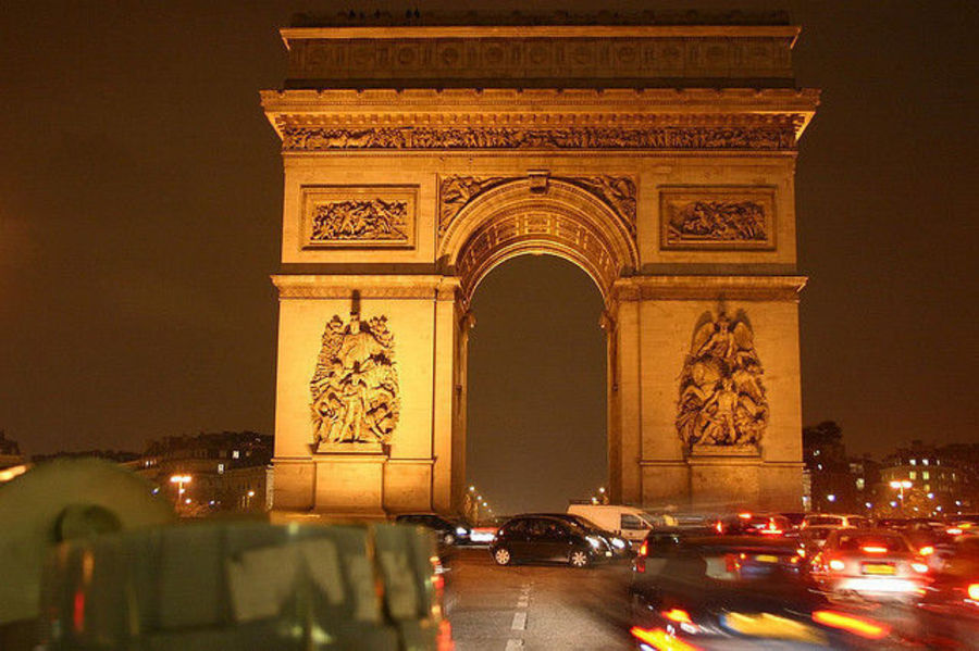 Париж - город Света