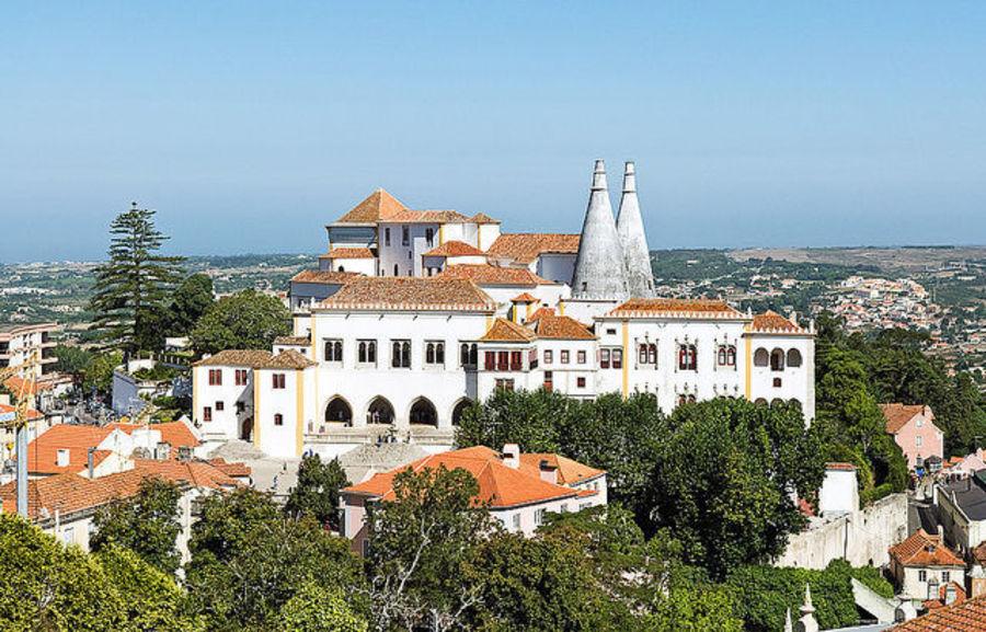 Синтра - небольшой Португальский городок