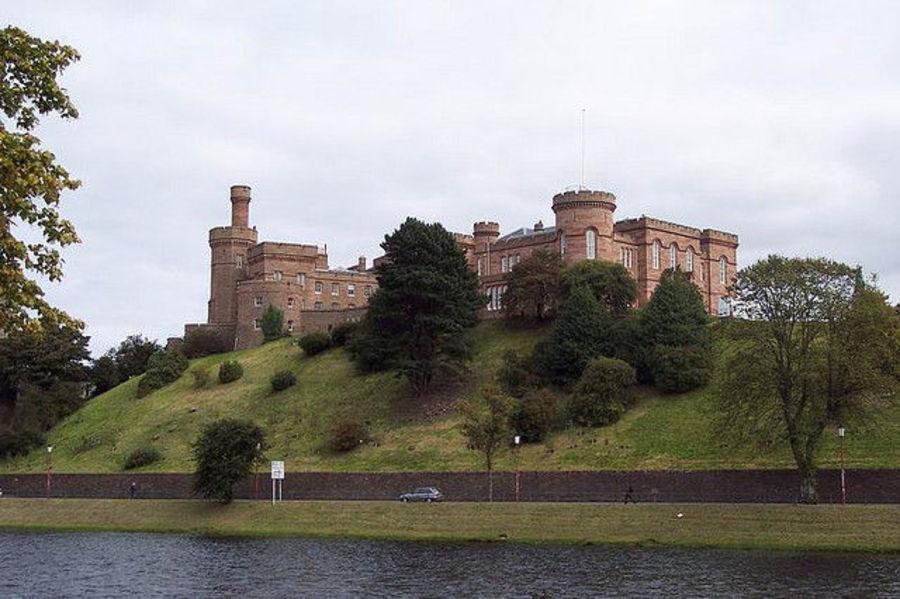 Инвернесс - город замков