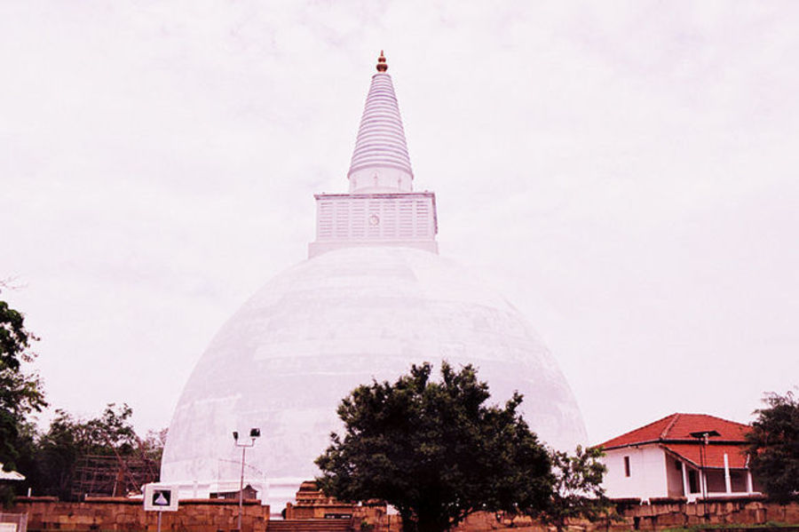 Таинственный Анурадхапура