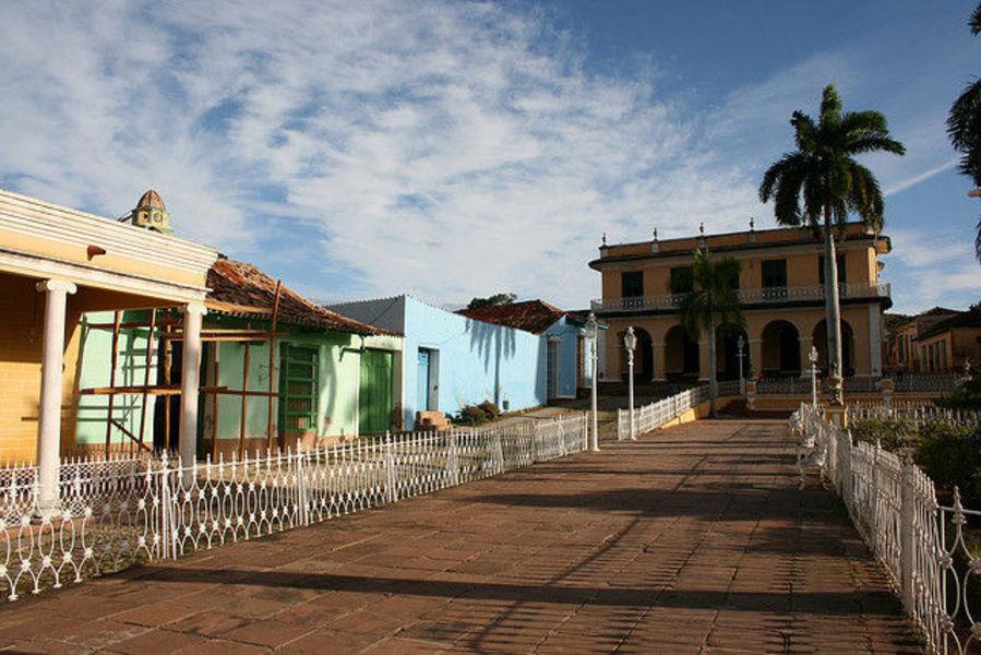 Тринидад -обитатель древней архитектуры
