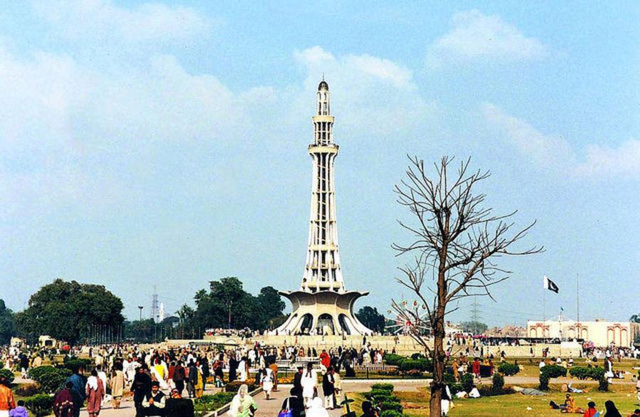 Лахор - самый центр Пакистана