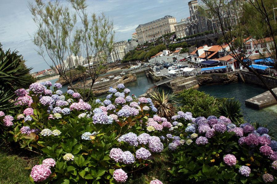 Биарриц - самый популярный курорт Атлантического побережья