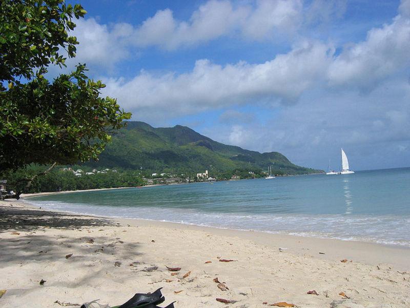 Великолепный остров Маэ
