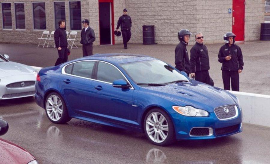 Школа экстремального вождения Jaguar в Las Vegas