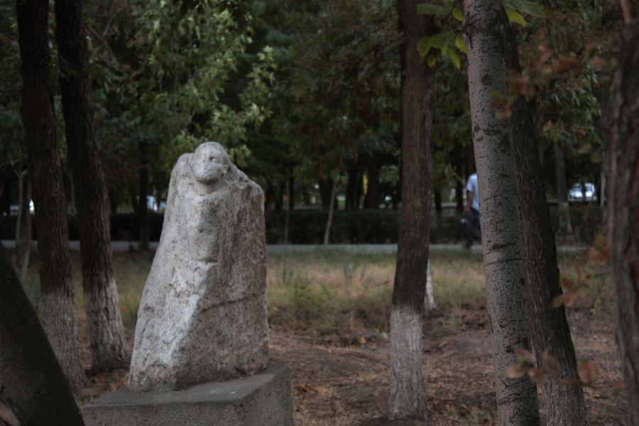 Заброшенные скульптуры города Навои