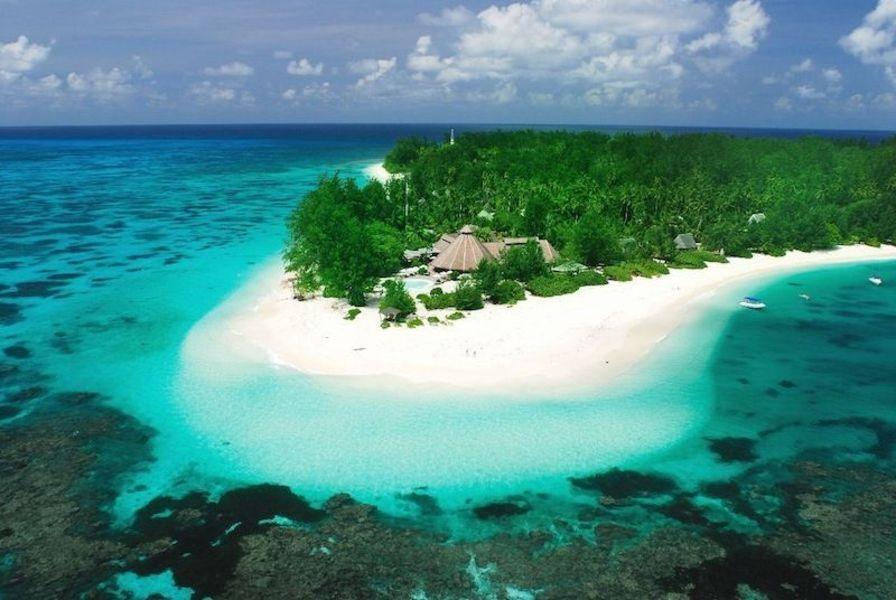 Остров Дени