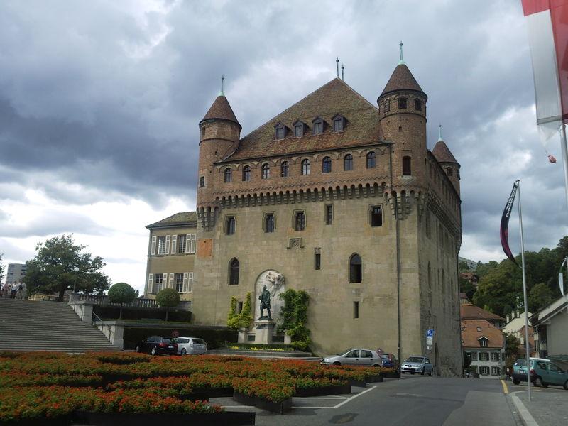 Замок Сан-Майр