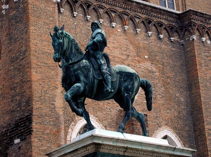 Статуя Коллеони