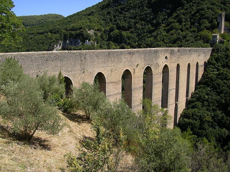 Понте дель Торри в Сполето