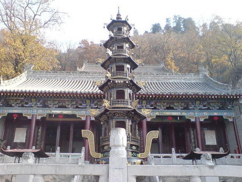 Храм Южной горы