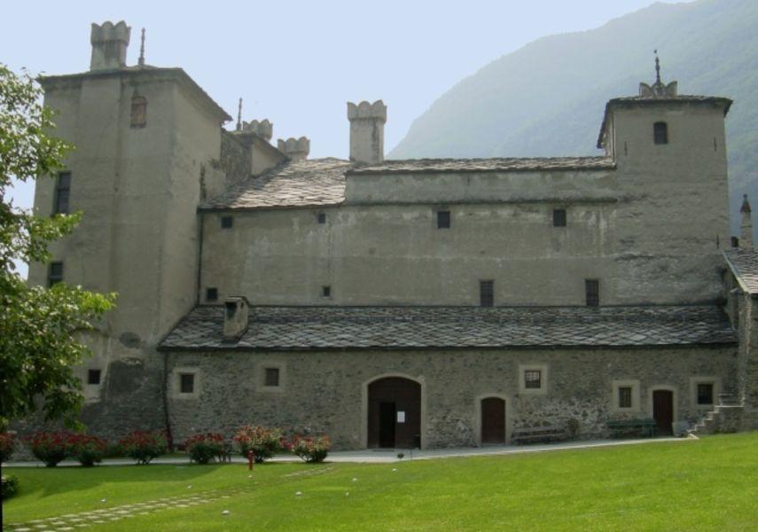 Замок Иссонь