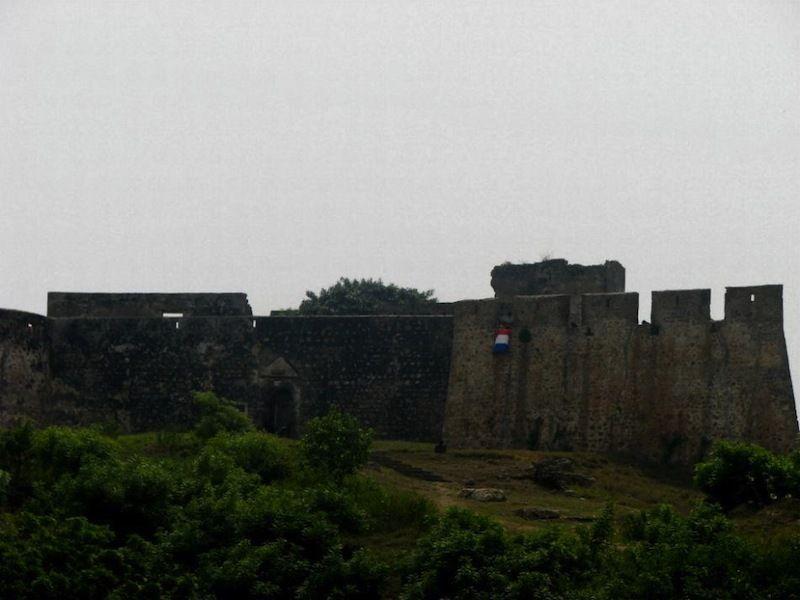 Форт Нассау