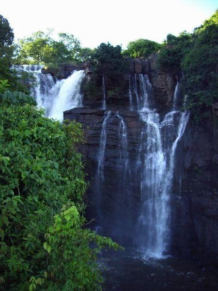 Водопады Буали