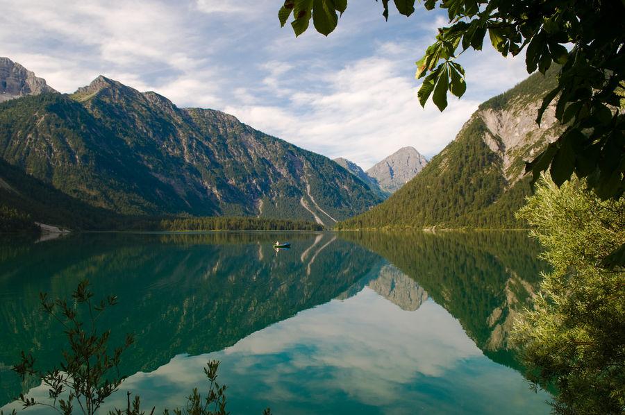 Озеро План