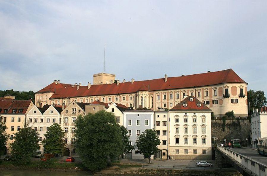 Замок Ламберг