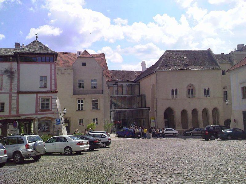 Гоццобург