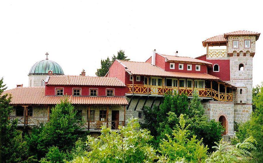 Православный монастырь Тврдош, Требине