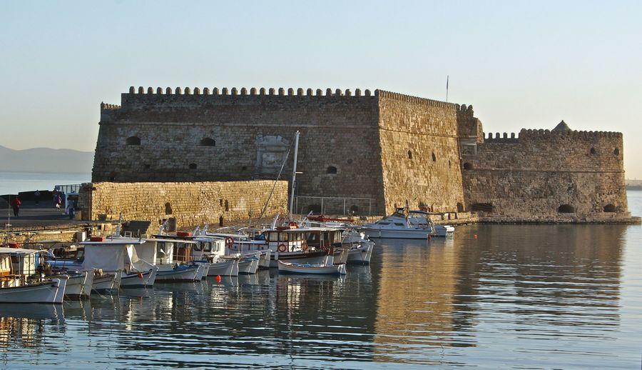 Крепость, Венецианская гавань